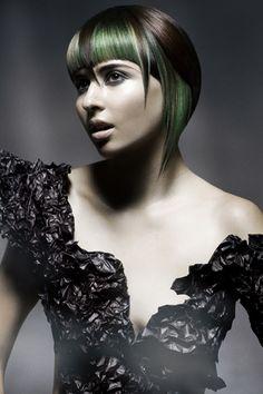 präsentiert von www.my-hair-and-me.de #women #hair #haare #spitze #dress #kleid #bob #schwarz #black #green