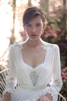 שמלת כלה אלון לבנה
