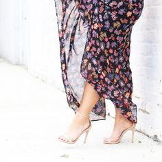 """Amy, Coffee Beans & Bobby Pins on Instagram: """"I'm a sucker for floral and nude heels. I'm convinced this combo always shows up and never disappoints. This @anthro_durham look on the blog today, link in profile. #ootd #blogged #wiw"""""""