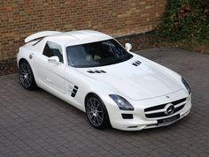 2011 (61) Mercedes SLS AMG | Designo Mystic White