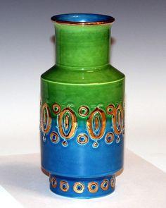 Bitossi Italian Art Pottery Raymor 1960's Vase.