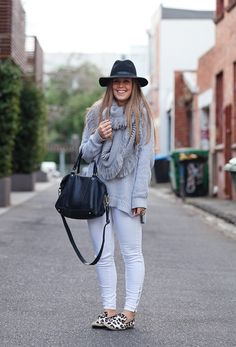 Ooo I need more outfits like this! Gray Matters, Street Snap, Style Snaps, Casual Wear, Fashion Forward, Fall Outfits, Knitwear, Style Me, Latest Trends