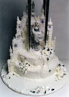 Castle Wedding Cake. Love it!!!!!!!!!!