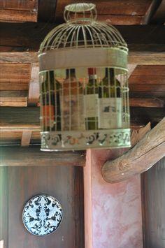 Wein im Käfig Bird Feeders, Tuscany, Outdoor Decor, Home Decor, Wine, Homemade Home Decor, Tuscany Italy, Decoration Home, Teacup Bird Feeders