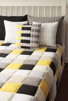 Super Ideas for patchwork quilt boys Patchwork Tiles, Patchwork Baby, Patchwork Pillow, Bed Cover Design, Cushion Cover Designs, Baby Boy Blankets, Baby Pillows, Designer Bed Sheets, Bed Covers