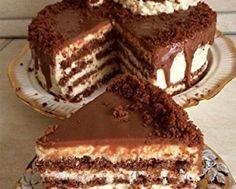 készül is a legkrémesebb csoda Dessert Cake Recipes, Just Desserts, Cookie Recipes, Romanian Desserts, Romanian Food, Delicious Deserts, Yummy Food, Pastry Cake, Pastry Recipes