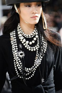 Chanel Autumn/Winter 2016-17 Ready-To-Wear                                                                                                                                                      More