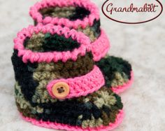 CAMO ARMY BOOTS Crocheted Camouflage for Baby Girl with Pink Button Bands Military Booties Size Preemie/ Newborn/ up to 3 Months