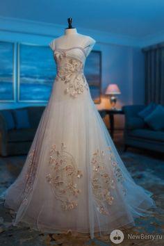 Abed Mahfouz 2013 Wedding Dress