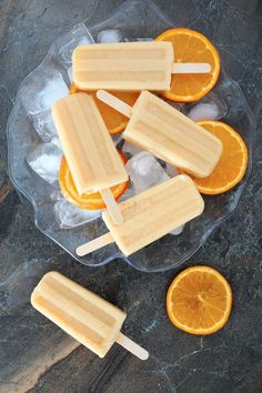 There's nothing better than playing outside on a hot summer day and cooling down with a sweet homemade popsicle. With summertime in full swing, homemade popsicles are the perfect treat to keep you from. Frozen Desserts, Frozen Treats, Just Desserts, Delicious Desserts, Yummy Food, Popsicle Recipes, Candy Recipes, Sweet Recipes, Snack Recipes
