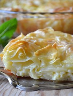 Achma recipe - Recipes of Caucasian cuisine Georgian Cuisine, Georgian Food, Russian Desserts, Russian Recipes, Good Food, Yummy Food, Bread And Pastries, International Recipes, Creative Food