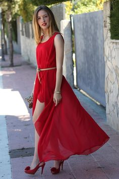 lady in red...now where can you wear this beautiful dress? An award show? ;)