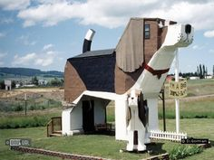 Dog Bark Park Inn in Cottonwood United States of America : Unusual & Unique Hotels of the World