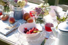 decorar mesa de verano inspirada en la provenza : via MIBLOG