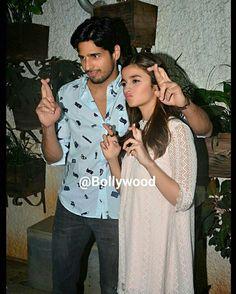 @Repost from @bollywood -  Sidharth Malhotra and Alia Bhatt pose for the cameras during a Kapoor & Sons screening. @BOLLYWOOD    . . #instabollywood #bollywood #india #indian #desi #bollywoodactress #mumbai #bollywoodfashion #bollywoodstyle #bollywoodmovie #indianfashion #indianstyle #delhi #noida #gurgaon #chandigarh #hyderabad #surat #pune #bangalore #tagforlikes #likesforlikes #aliabhatt #siddharthmalhotra #sidharthmalhotra #kapoorandsons  @BOLLYWOOD  . For more follow #BollywoodScope and…