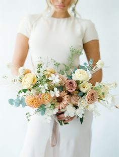 Bridal Bouquet Fall, Bridal Flowers, Bridesmaid Bouquet, Wedding Bouquets, Taupe Wedding, Wedding Bride, Floral Wedding, Marie, Wedding Inspiration