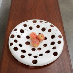 Vintage Modern Art Pottery Fruit Bowl Platter Arik Levy Galactica Mid Century #MidCenturyModern Vintage Modern, Modern Art, Pottery Art, Pottery Ideas, White Vases, Midcentury Modern, Platter, Sculpture Art, Decorative Plates