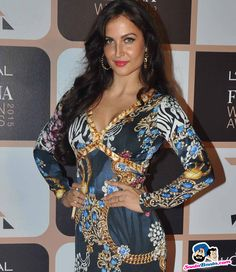 L`Oreal Paris Femina Women Awards 2015 -- Elli Avram Picture # 301224 Beautiful Girl Body, Cute Girl Face, English Actresses, Deepika Padukone, Loreal Paris, Indian Actresses, Cute Girls, Bollywood, Awards