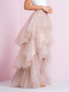 Long Skirt Outfits, Skirts Long Skirt Outfits, Skirts Source by barandiarnsalvatierra Long Skirt Outfits, Tule Skirt Outfit, Modest Outfits, Outfit Trends, Outfit Ideas, Tulle Tutu, Fall Skirts, Tulle Wedding, Party Gowns