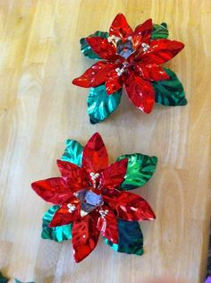 Beautiful Dept. 56 Poinsettia Candle Holders shiny Green Red metal lot of 2 EUC