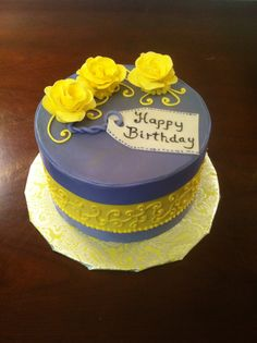 Yellow Roses Birthday Vake