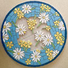 Felicity Ball mosaics: The making of a mosaic bistro table Mosaic Tray, Mosaic Tile Art, Mosaic Artwork, Mirror Mosaic, Mosaic Crafts, Mosaic Projects, Stained Glass Birds, Stained Glass Designs, Mosaic Designs