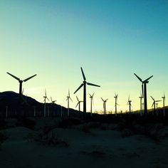An iconic sunset. Palm Springs,CA #sunset #windmills #palmspring