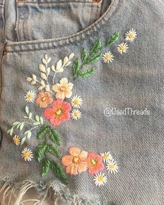 floral embroidery A bit of denim customising Diy Embroidery Patterns, Floral Embroidery Dress, Embroidery On Clothes, Embroidered Clothes, Embroidery Art, Embroidery Stitches, Diy Embroidery On Jeans, Denim Jacket Embroidery, Diy Broderie