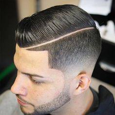 Bari lajpal Beauty selon an Hair cutting style,s - Photos Undercut Hairstyles, Hairstyles Haircuts, Haircuts For Men, Temp Fade Haircut, Flat Top Haircut, Hair And Beard Styles, Curly Hair Styles, Trending Hairstyles For Men, Hair Cutting Techniques