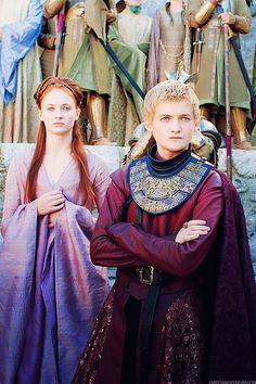 I really like Sansa's dress in this picture.