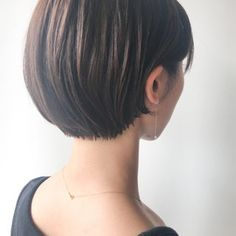 Short Bob Haircuts, New Haircuts, Bob Hairstyles, Asian Short Hair, Blunt Bob, Short Layers, Haircut And Color, Bob Cut, Short Hair Styles