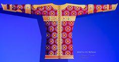 Medieval Clothing, Romania, The Past, Symbols, Letters, Moldova, Art, Craft Art, Medieval Dress