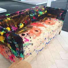 33 ideas painting fabric furniture upholstery timorous beasties for 2019 Painting Fabric Furniture, Funky Painted Furniture, Colorful Furniture, Upcycled Furniture, Unique Furniture, Home Furniture, Furniture Design, Painted Couch, Luxury Furniture