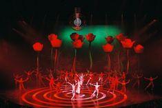 aufblasbare Rosen für den Friedichstadtpalast ... Anfertigung aufblasbarer Dekoelemente nach Vorlage ... aufblasbare Kunst für Bühnen, Theater und Messen ... Suchbegriffe: aufblasbare Bühnenbilder, aufblasbare Bühnendeko, aufblasbare Messeobjekte ...
