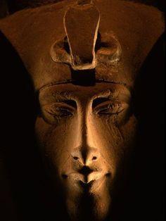 Akhenaten Statue, Pharaohs of the Sun, Luxor Museum, Amarna, Egypt, Nefertiti's husband