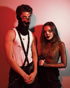 The new girl - Just read, you won& be sorry # Teenagers # Teenager # reading # books # wattpad - Cute Couple Halloween Costumes, Halloween Inspo, Halloween Kostüm, Halloween Outfits, Trendy Halloween, Best Workwear, Matching Costumes, Friend Poses, Halloween Disfraces