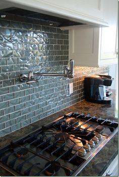 backsplash tile...love the backsplash and faucet over stove...Brilliant!!!