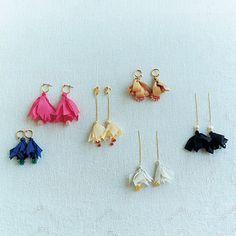 zakka collection [雑貨コレクション]|テキスタイルデザイナー 伊藤 尚美さんと作った 耳もとが華やいで コーディネイトが引き締まる 絹布のピアス/イヤリングの会|フェリシモ