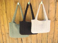 Braided cable handle tote.Knitting pattern free. Just knitted 2 of these and love how they turned out!