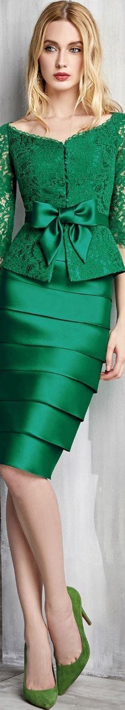 New dress green summer emeralds ideas Trendy Dresses, Nice Dresses, Party Gowns, Party Dress, New Dress, Dress Up, Mode Glamour, Evening Dresses, Summer Dresses