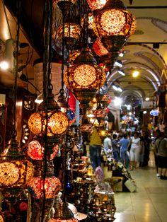 Grand Bazaar.  Istanbul, TURKEY.  - (by Willcorit, via Flickr)