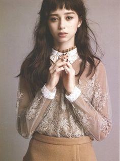 petashi Japanese Beauty, Japanese Girl, Female Character Inspiration, Mixed Girls, Asia Girl, Japanese Models, Stunning Women, Japan Fashion, Female Portrait