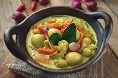 Resep telur santan © 2020 Instagram/@byviszaj ; Instagram/@iaalamsyah79 Kung Pao Chicken, Eating Well, Menu, Diet, Health, Ethnic Recipes, Instagram, Food, Travel