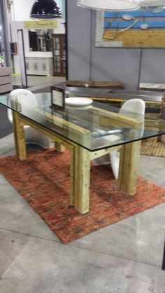 Tavolo in legno di recupero dal mondo edile in varie dimensioni e formati un prodotto Enrico Arte&design