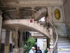 grand staircase - La Guarida - Paladar - havana cuba