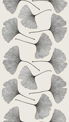 (via Black & White • ° / Ginko leaves)