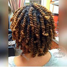 Natural hair growth for dry hair. Natural Hair Twists, Natural Hair Growth, Natural Hair Journey, My Hairstyle, Cool Hairstyles, Dreadlock Hairstyles, Hair Updo, Black Hairstyles, Protective Hairstyles