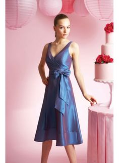 Taffeta Sexy V-neck with Short A line Skirt Custom Made Bridesmaid Dress BM-0163