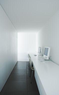 MINIMALIST HOUSE — Architect Shinichi Ogawa & Associates