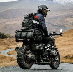 Motorcycle Camping, Cafe Racer Motorcycle, Motorcycle Style, Yamaha R1, Bmw Adventure Bike, K100 Bmw, Scooter Moto, Moto Biker, Velo Cargo